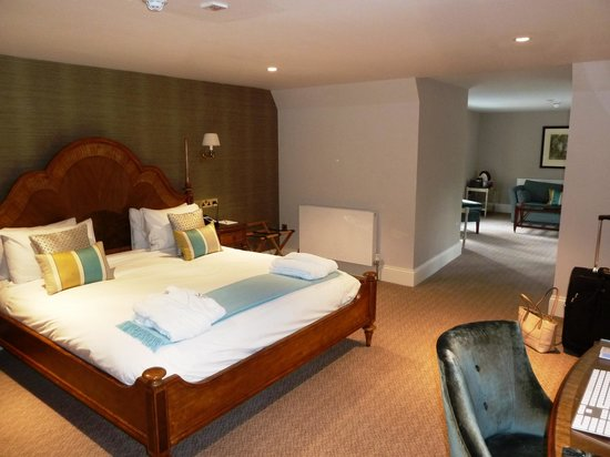 Wivenhoe House: Bedroom