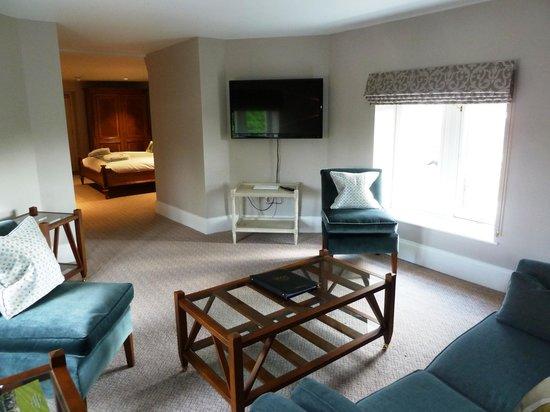 Wivenhoe House: Lounge area