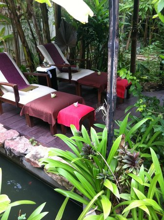 Petit Villa Boutique & Spa: foot massage