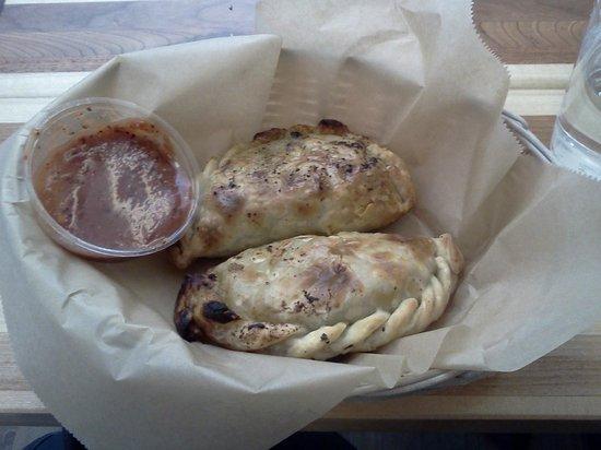Rincon Argentino: Gorgeous Empanada