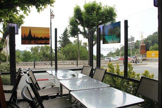 Secret Garden : View across the outdoor terrace