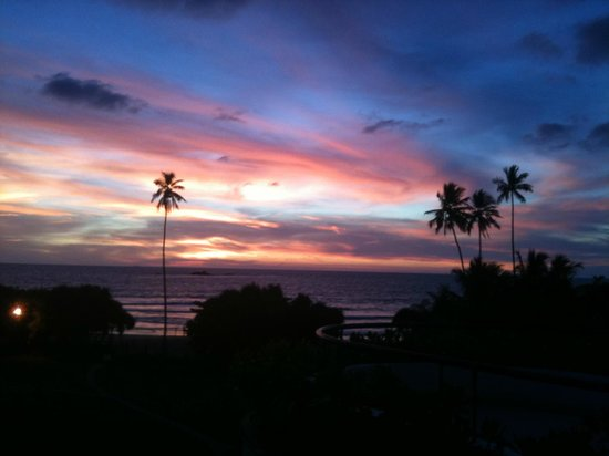 Vivanta by Taj - Bentota: Sunset from our room
