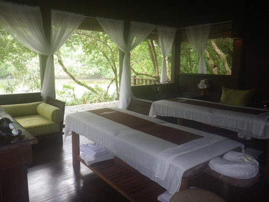 Palau Pacific Resort: The spa