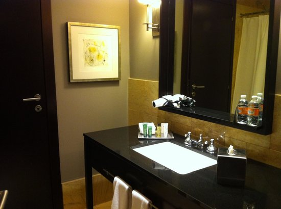 Hilton Mexico City Reforma: bath vanity