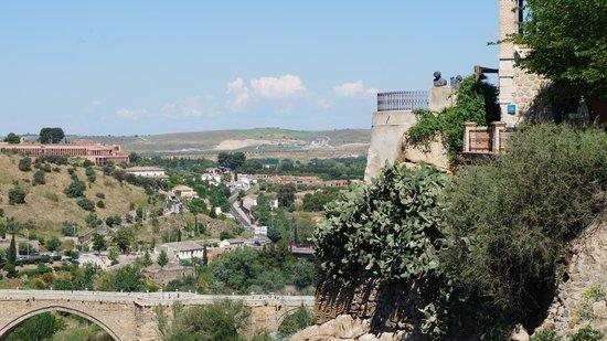 Tienda de espadas de Toledo: outdoor view