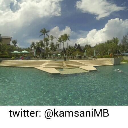 Outrigger Laguna Phuket Beach Resort: Stunning swimming pool