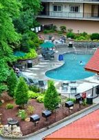 Holiday Inn Club Vacations Smoky Mountain Resort: Pool