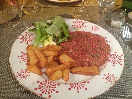 Le 27 Restaurante: Steak Tartare im Le 27 - köstlich!