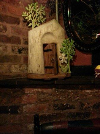 Hundred House Hotel: fairy door