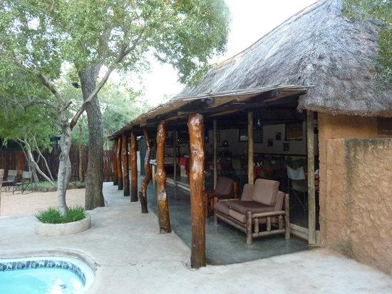 Shalati Adventure Lodge: restaurant