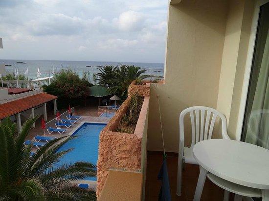 Apartamentos Portusaler : terraza