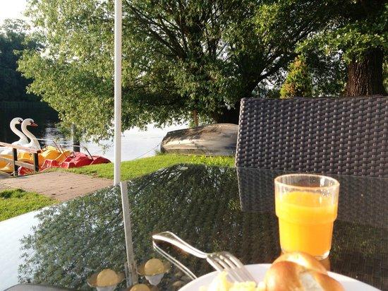 BEST WESTERN Hotel Am Schloss Köpenick: Frühstücksterasse