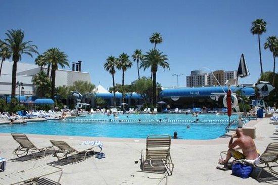 Bally's Las Vegas: Zwembad