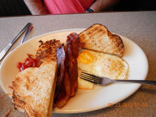 Big Island Grille & Bar: Breakfast