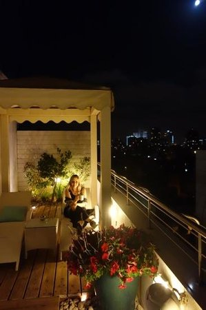 Shalom Hotel & Relax Tel Aviv - an Atlas Boutique Hotel: love the rooftop day or night
