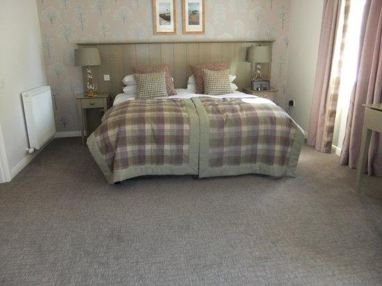 Sandown House B&B: lovely room