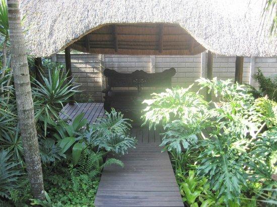 Lodge Afrique: calm oasis