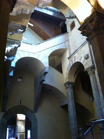 Museo di Palazzo Davanzati: Add a caption