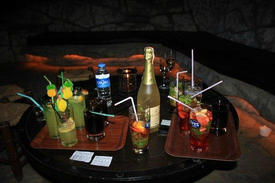 Pirate's Beach Club: :)
