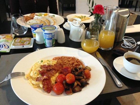 Palac Jugowice: Frühstück