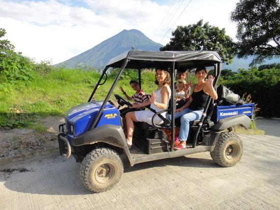 Lomas de Tzununa : The new car to come to the Hotel