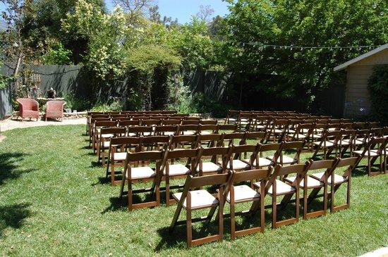 The Lavender Inn: Wedding venue in garden