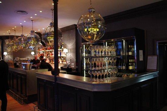 Diplomatico : bar