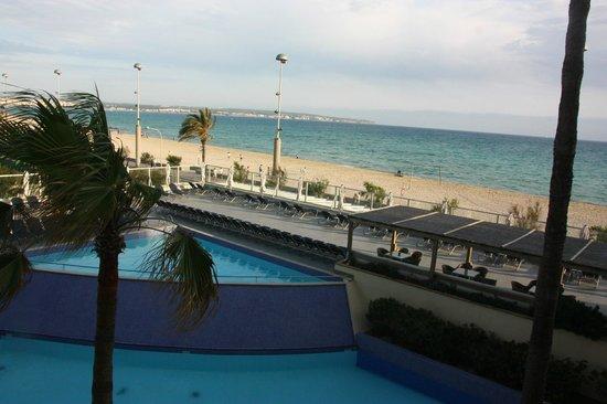 Aparthotel Fontanellas Playa : Utsikt från våning 2
