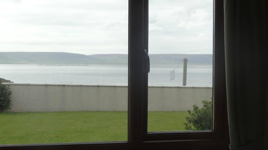 Avalon House: lovely view from our bedroom