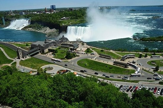 Niagara Falls Marriott Fallsview Hotel & Spa: A magnificent view from the room