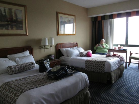 Crowne Plaza Springfield: Basic but Comfortable room