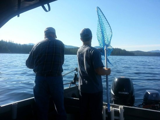 Chinook Shores Lodge: Self Guided Fishing / Boat Rentals