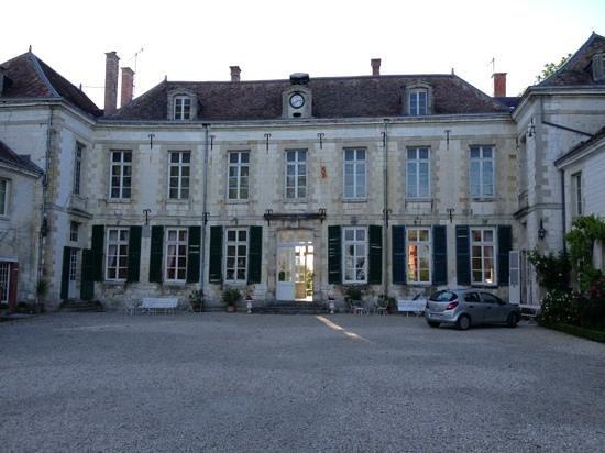 Chateau de Juvigny: Add a caption