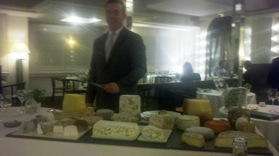 Hotel Radio : The world's best cheese cart