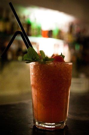 Janela da Atalaia Bar