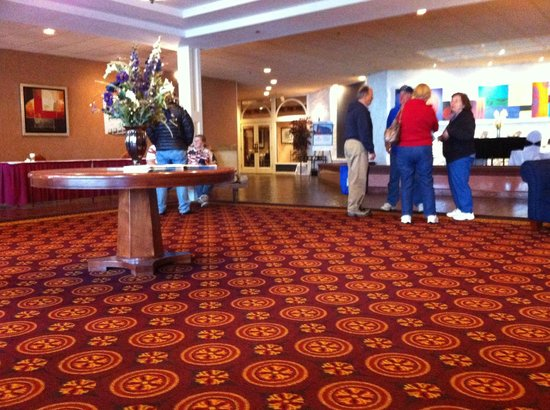 Millennium Buffalo: Spacious Lobby to gather for events like our day at Niagara Falls
