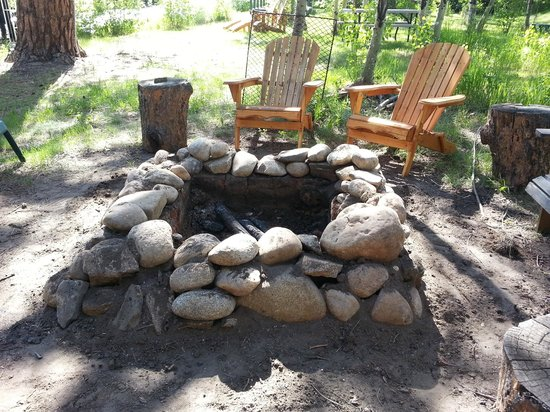 Dripping Springs Resort: Main Fire Pit