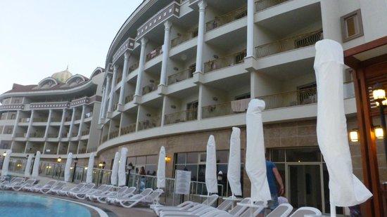 Kirman Belazur Resort and Spa: Richtung Strand