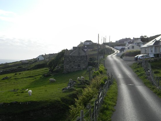 Leabgarrow, Ireland: General scenery around the island of Arranmore