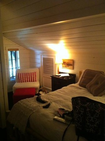 Fanny's Bed and Breakfast: Bedroom