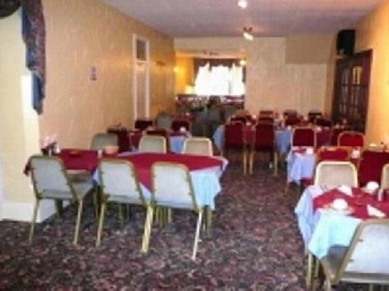 The Alviston Hotel: dinning room