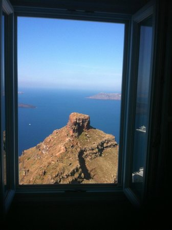 Tholos Resort: Morning view from my bed