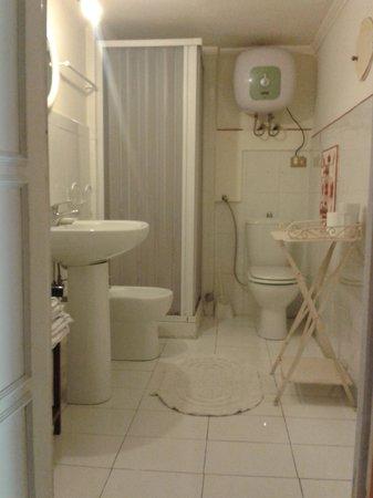 Donna Regina B&B: Donna Regina Bathroom