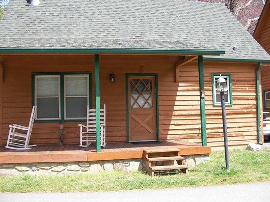Creekwood Village Resort: Cabin 1