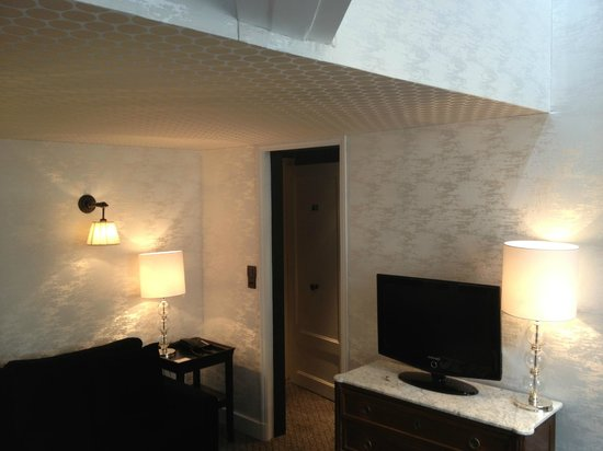 Relais Christine : Sitting area of duplex room