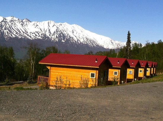 Knik River Lodge: Mountain Retreat