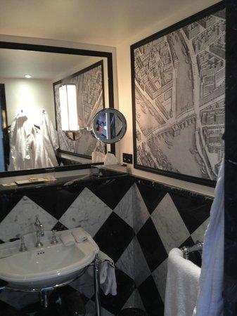 Relais Christine: Bathroom