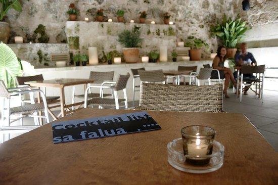 Sa Falua cocktail bar: Patio Interior