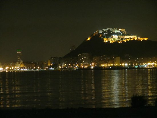 Hotel Mio Cid: View to Alicante from the near by beach