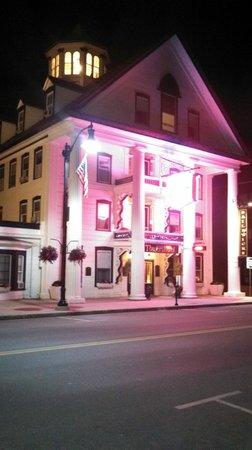 Thayers Inn: The Inn at night